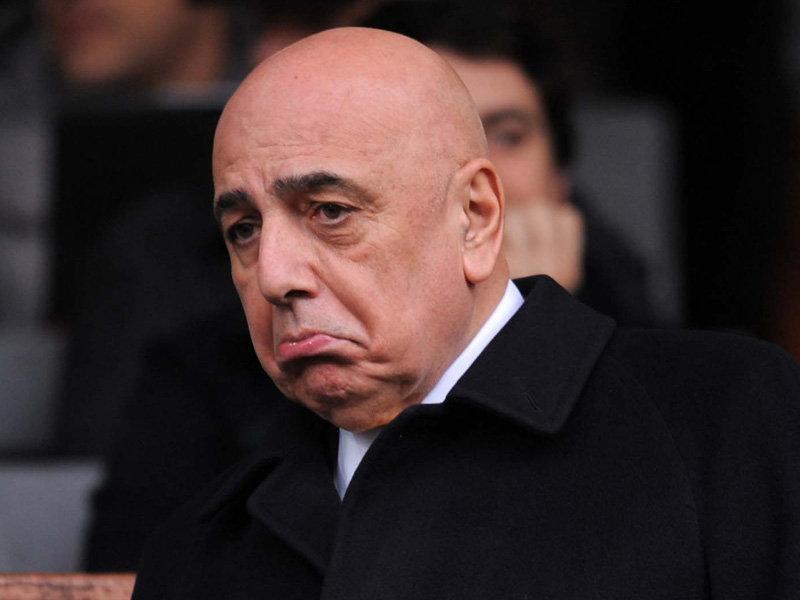 BOMBER NEWS: Milanista trova la moglie a letto con un altro dopo Milan – Sassuolo: è rissa.