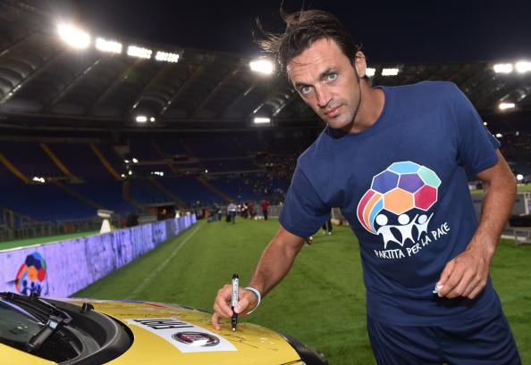 """Cinque calciatori italiani che hanno """"scritto"""" libri"""