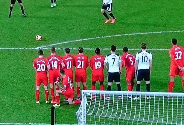 La furbata di Coutinho contro il Tottenham