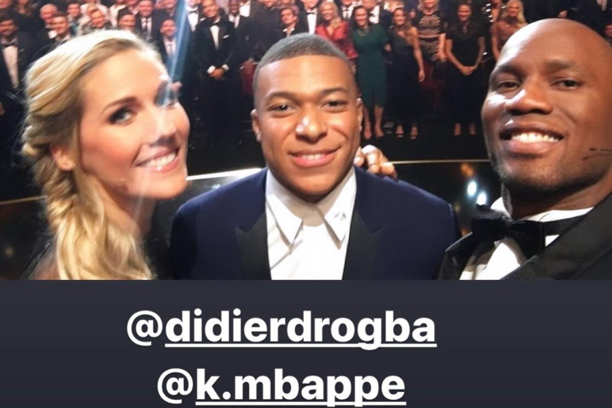 Drogba selfie con Mbappé