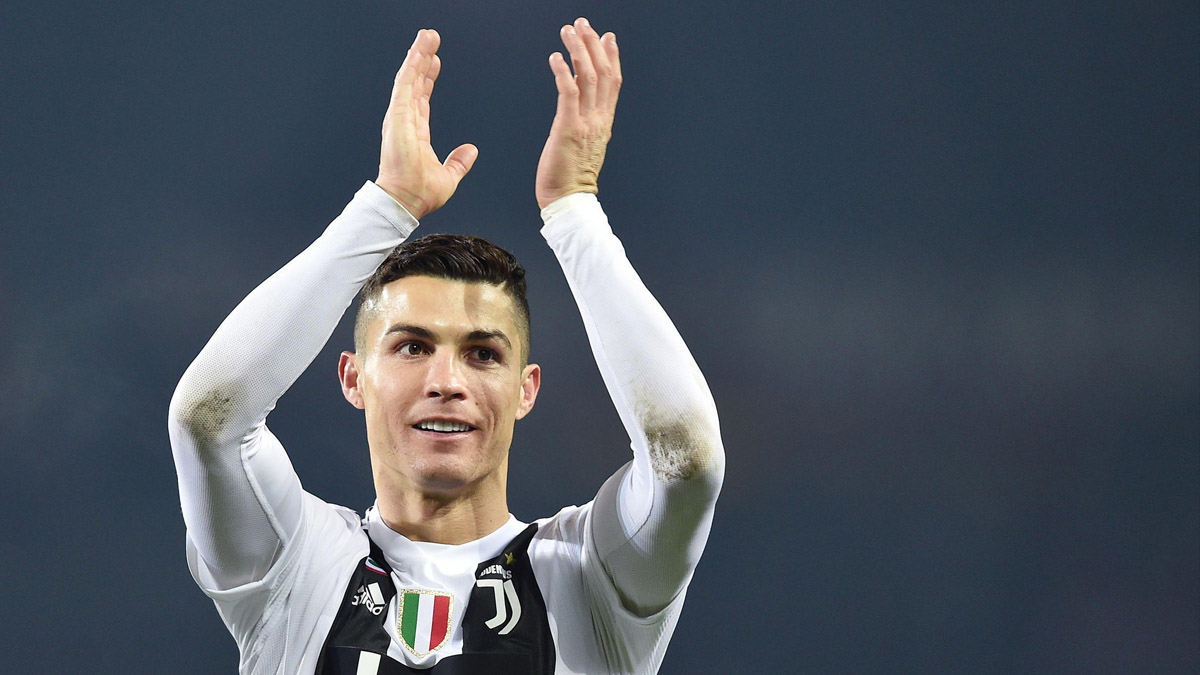 Ronaldo social addio Juventus